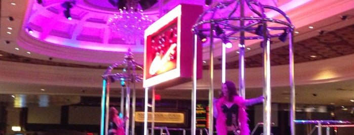 Pussycat Dolls Lounge @ Caesars Palace is one of Travel Channel.