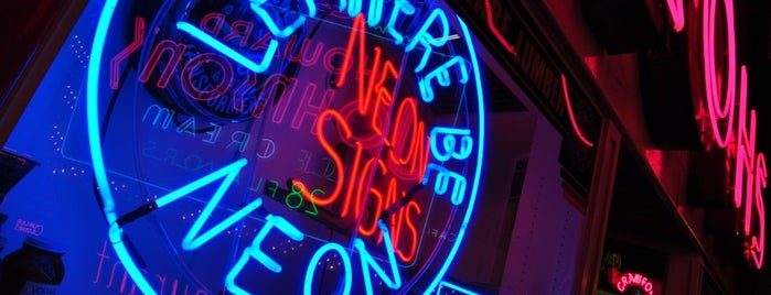 American Sign Museum is one of Cincinnati for Out-of-Towners #VisitUS.