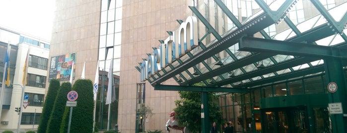 Stuttgart for Hilton hotels near mercedes benz stadium atlanta