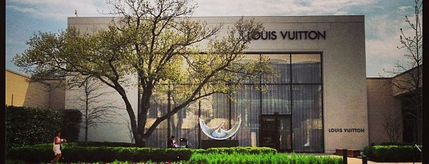 Louis Vuitton Dallas Northpark Mall is one of Shopping.