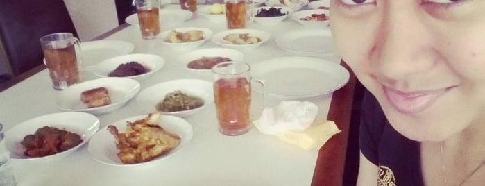 Istana Ayam Pop Simpang Raya(RM.Padang) is one of Favorite Food.