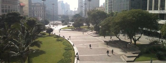 Viaduto do Chá is one of O melhor do Centro de São Paulo.