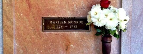 Marilyn Monroe's Gravesite is one of Los angeles.
