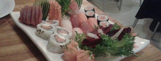 Oishi Empório Oriental e Gastronomia is one of Santos Japonesa.
