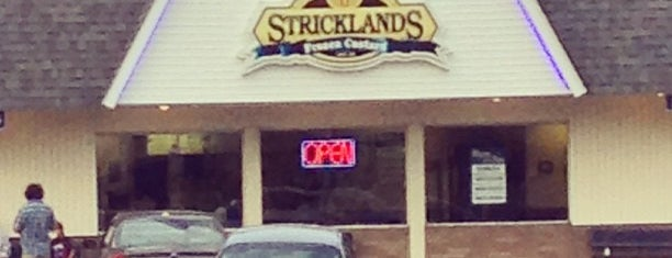 Strickland's Frozen Custard is one of Places to go in Cuyahoga Falls.