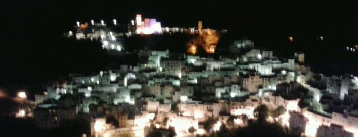 Casares is one of Alex.
