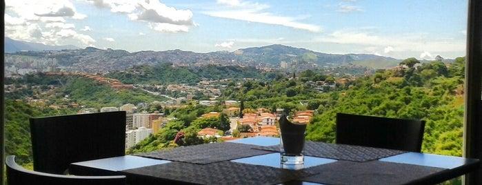 Azahar Fusion Cuisine & Lounge is one of Restaurantes Venezuela.