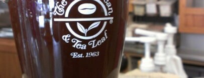 The Coffee Bean & Tea Leaf is one of i see hot people.