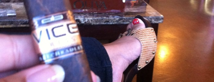 Palmetto Breeze Cigar Place is one of La Palina Retailers.
