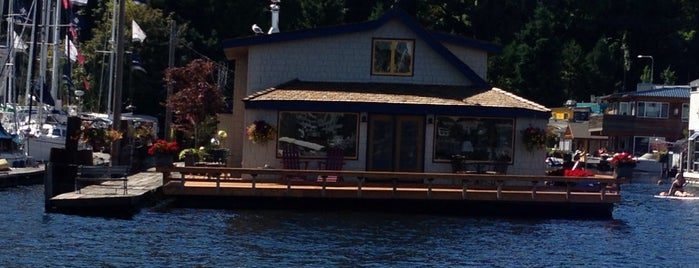 Sleepless in Seattle Boat House is one of Seattle spots.