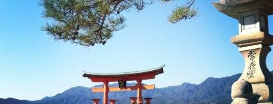 厳島神社 (Itsukushima-jinja Shrine) is one of 気になる場所.