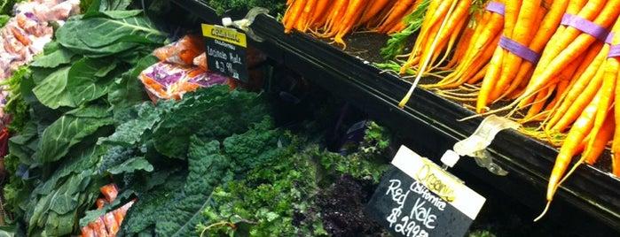 Harry's Farmers Market is one of Fav.