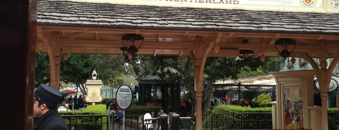DRR New Orleans Station is one of Disneyland Fun!!!.