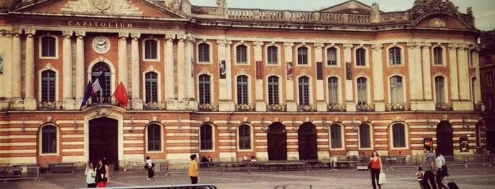Hôtel de ville de Toulouse (Capitole) is one of Découverte.