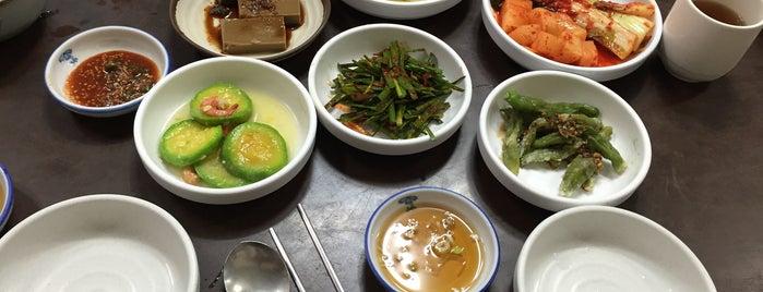 구포집 is one of 한국인이 사랑하는 오래된 한식당 100선.