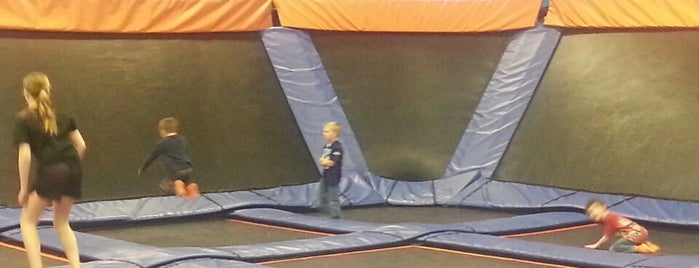 Skyzone is one of Entertainment: USA.