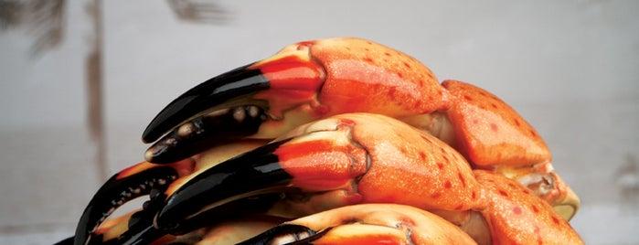 Joe's Seafood, Prime Steak & Stone Crab is one of Lettuce Entertain You Restaurants.