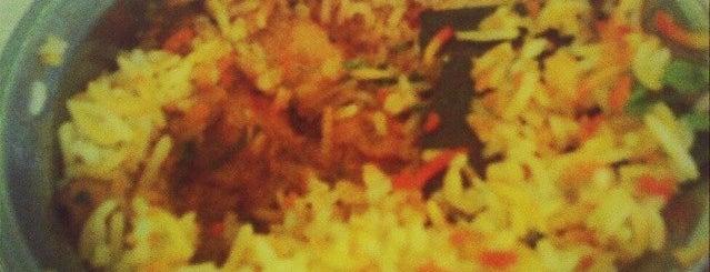 Khazaana Indian Restaurant is one of Măm măm ~.^.