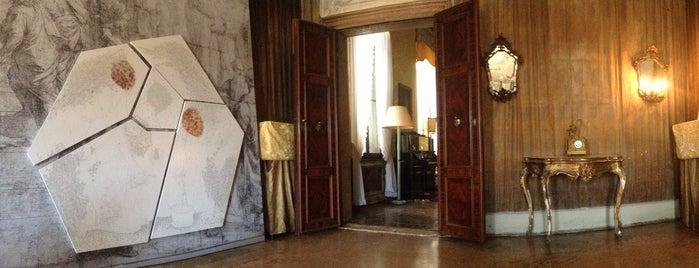 Palazzo Barbarigo is one of Venezia sights.