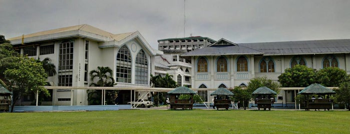 La Consolacion College Manila is one of Best School and Universities.