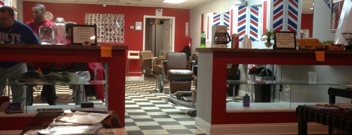 Main Street Cutz is one of Greenwood.