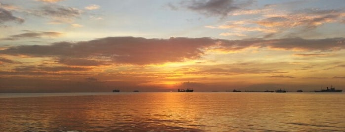 Roxas Boulevard is one of All-time favorites in Philippines.