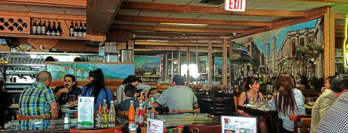 Puerto Sagua Restaurant is one of my b.a..