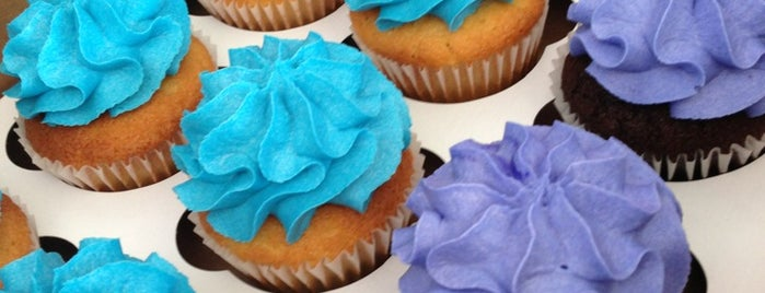 The Sweet Divine is one of St. Louis food trucks.