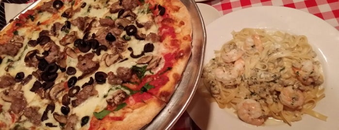 Dave's Italian Kitchen is one of Must-visit Food in Evanston.