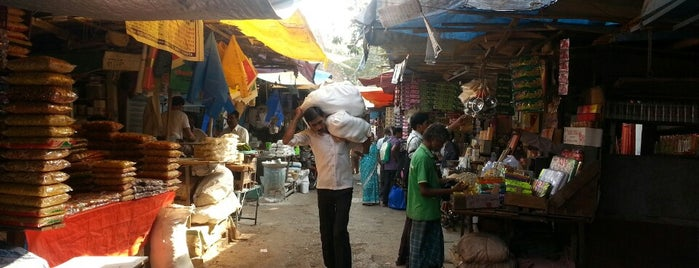 Chor Bazaar (Thieves' Market) is one of Mumbai Maximum.