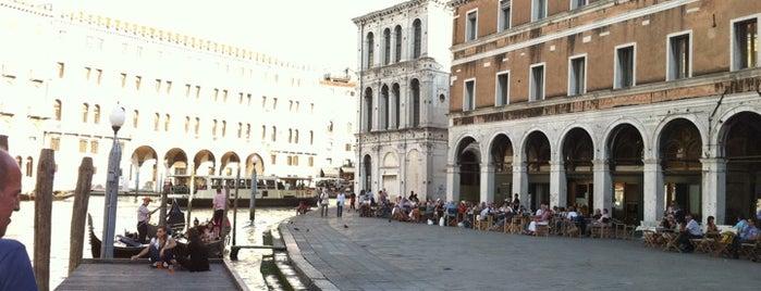 Mercato di Rialto is one of Italis.
