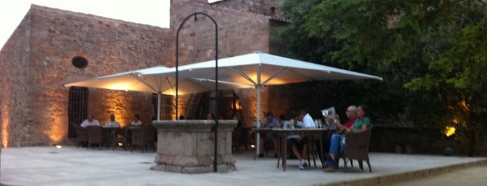 Hotel Parador de Cardona is one of Barcelona.
