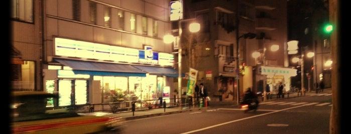 コミュニティ・ストア 渋谷 まつもと店 is one of 渋谷コンビニ.