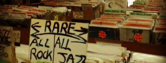 Haggle Vinyl is one of Bin Flipping: Record Shops #vinyl.