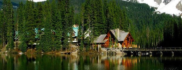 Emerald Lake Lodge is one of Canada Favorites.