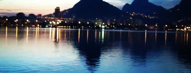 Lagoa Rodrigo de Freitas is one of Carioca Badge.