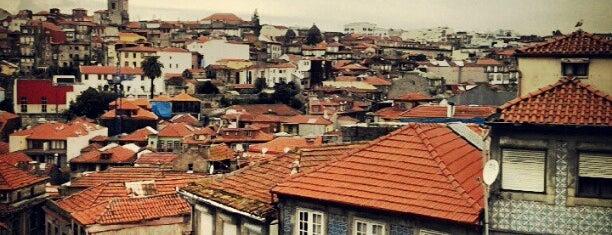 Porto is one of A Corrigir 2.