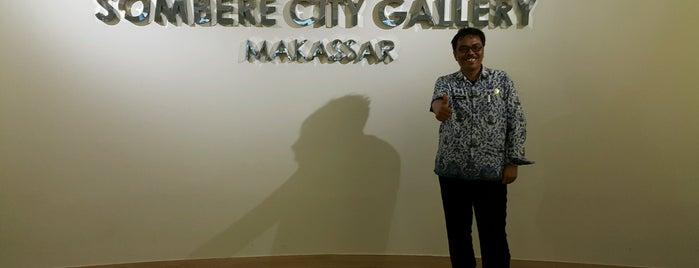 Balaikota Makassar is one of Makasar.