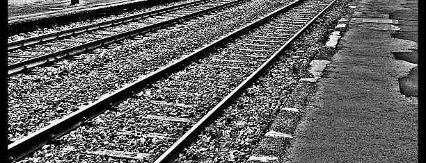 Stazione Bruzzano is one of Linee S e Passante Ferroviario di Milano.