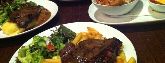 Shakespeare Hotel is one of Eat Well in Sydney.
