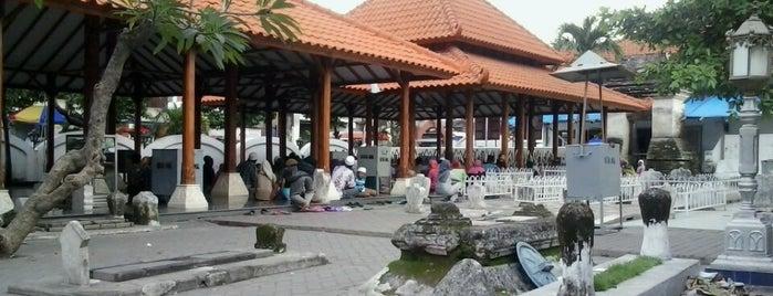 Makam Sunan Maulana Malik Ibrahim is one of Check in #durjana w/ #mempASUna.
