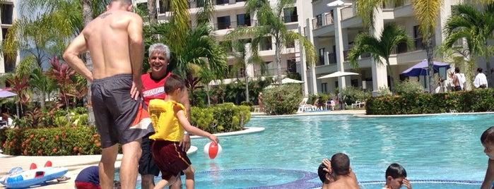The Pool at Ramada Jacó Bay is one of Mari's tips.