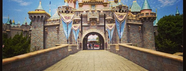 Disneyland Park is one of Favorite Arts & Entertainment.