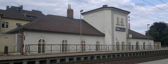 Železniční zastávka Ústí nad Orlicí město is one of Železniční stanice ČR: Š-U (12/14).