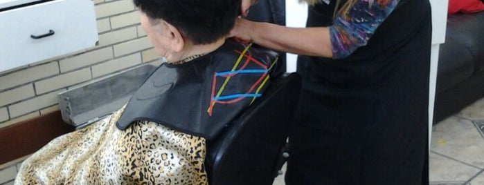 Jussara Coiffeur is one of Juzz Places.
