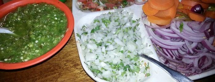 El Comal y La Masa is one of Desayunos Deliciosos.
