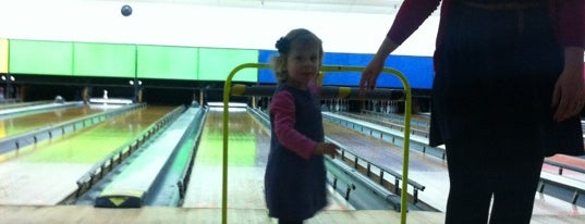 Tenpin Bowling is one of Shelbyart's Favourite Places.