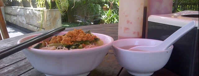 Mie Bandung is one of Great Noodles-Baso in Bogor.