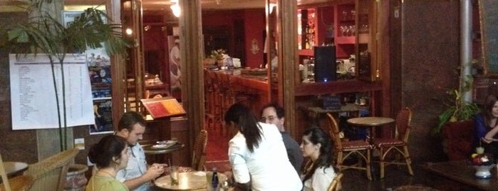 Le St Tropez is one of Lugares Conocidos Caracas.