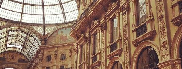 Galleria Vittorio Emanuele II is one of 101Cose da fare a Milano almeno 1 volta nella vita.